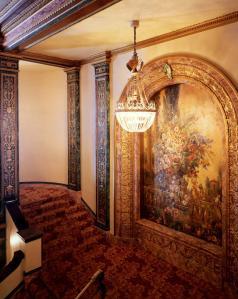 Aufgang vom Eingangsbereich © Tom Paiva, http://www.renaissancerialto.com/gallery.php