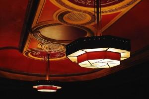 Lampen des Coronet Cinema © http://t1p.de/pppb