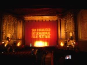 Kinosaal © Fabian_Breckels, http://cinematreasures.org/theaters/48/photos/43992