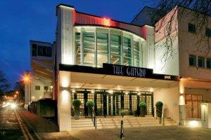 Das Gatsby mit dem Kinoeingang dahinter ©  http://therexberkhamsted.com/?page_id=140