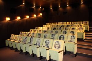 Sitze im kleinen Saal © http://www.prague.eu/file/edee/object/414/2.jpg