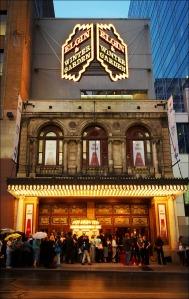 Fassade des Theatre Centre © http://wvs.topleftpixel.com/photos/elgin_theatre_tiff05.jpg