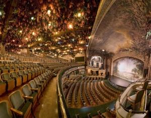 Blick auf die Bühne des Winter Garden Theatres © http://www.westjetmagazine.com/files/story_articles/wintergarden.jpg