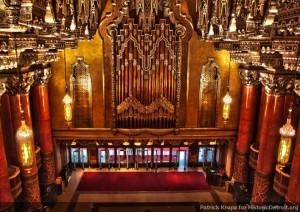 Lobby mit Orgelpfeifen ©  http://www.historicdetroit.org/image/2/750/0/5/images/patrick_krupa_fox5.jpg