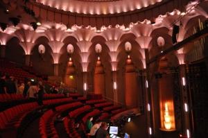 Blick auf den Balkon des großen Saales © Ken Roe, http://cinematreasures.org/theaters/3771/photos/19433