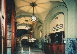 Foyer mit Kassa © http://www.odeonfirenze.com/wp-content/uploads/2013/01/cassa.jpg