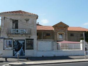 L´Eden Theatre vor der Renovierung © http://p4.storage.canalblog.com/43/08/461761/36208445.jpg