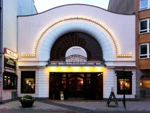 Eingangsbereich des Victoria Teatern © http://www.manifesto.se/wp-content/media/Victoriateatern-i-Malm%25C3%25B6_640px1.jpg
