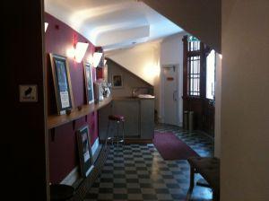 Weiterer Blick auf das Foyer © http://distingo.nu/malmoinventering/Victoriateatern/bilder_original/Victoriateatern%20-%2005.jpg