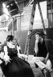 Audrey Hepburn und Hubert de Givenchy am Set von