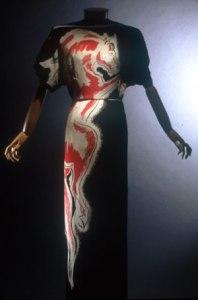 Kleidentwurf mit Tiermotiv © http://img68.imageshack.us/img68/900/7lzp4.jpg