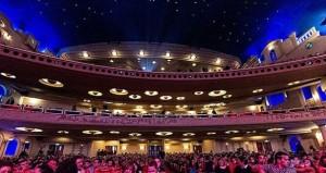 Blick auf die Zuschauerränge und den Sternenhimmel © http://assets.tours2dream.com/images/tours/e41b572a10a65c44e51e2f67c1a242bb.jpg