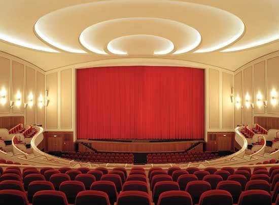 Lichtburg_Auditorium01