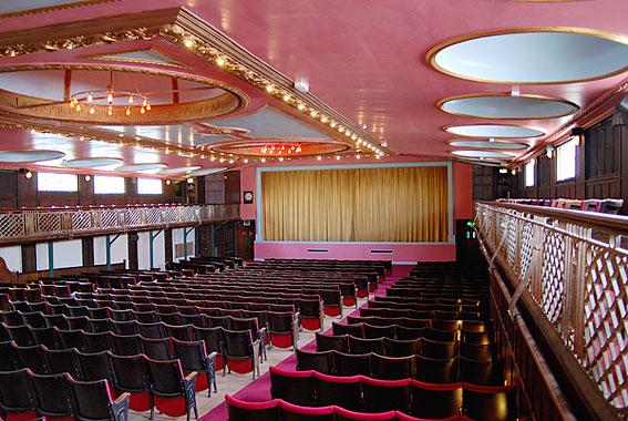 DomeCinema_Auditorium05