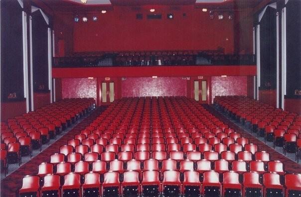 AcademyTheatreLindsay_Auditorium03