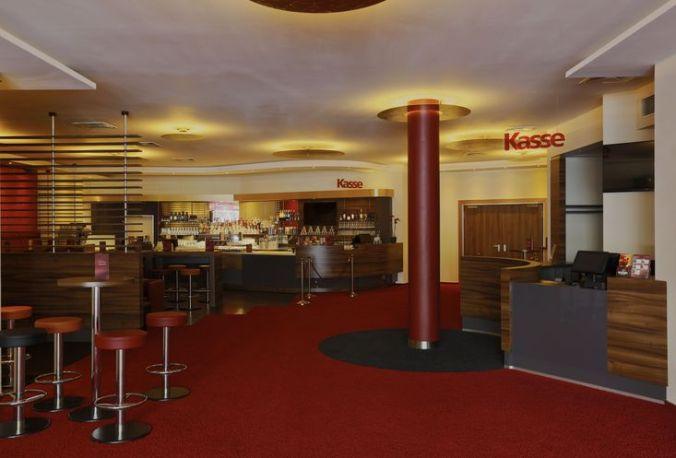 SavoyFilmtheater_Foyer01