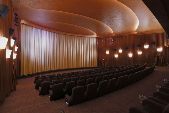 SavoyFilmtheater_Kinosaal01