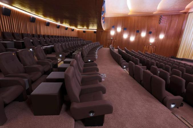 SavoyFilmtheater_Kinosaal02
