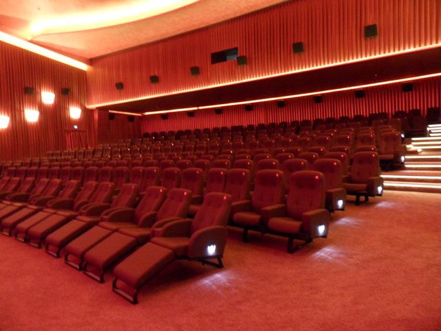 SavoyFilmtheater_Kinosaal03