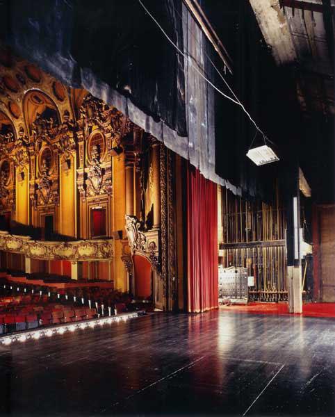 LosAngelesTheatre_Auditorium04