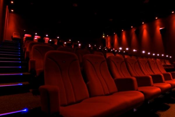 Lichtwerk_Kinosaal01