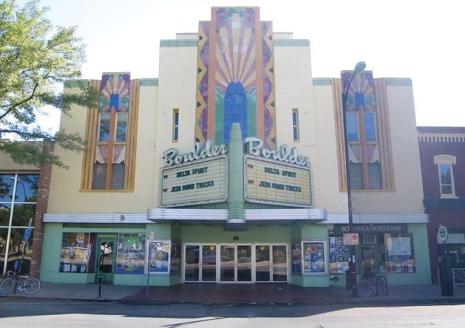 BoulderTheater_Fassade02