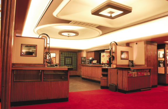 LibertyCinema_Foyer01