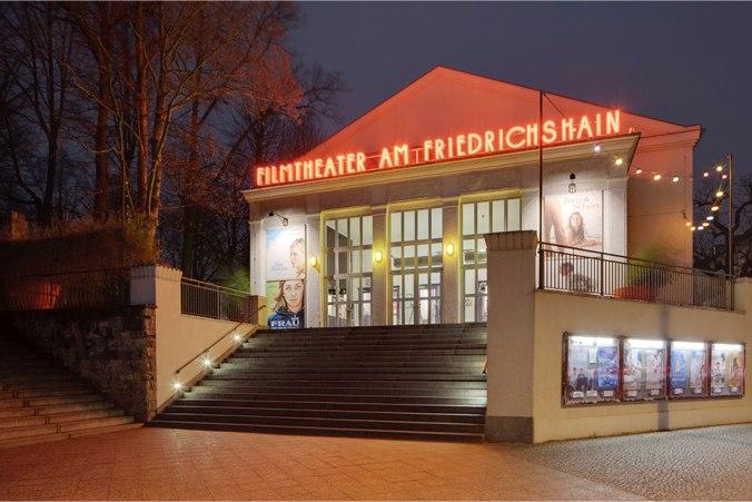 filmtheaterfriedrichshain_eingang