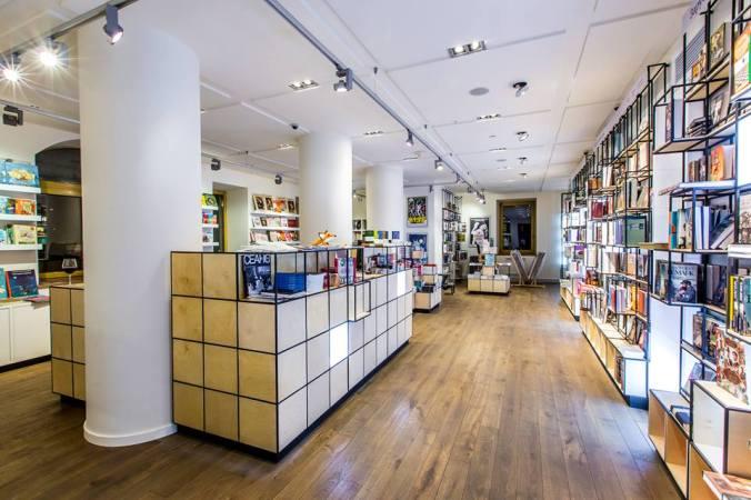 KinoteatrPioner_Bookstore01 (c) Kinoteatr Pioner