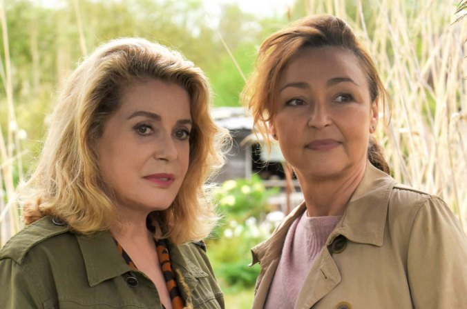EinKussVonBéatrice_CatherineDeneuve,CatherineFrot (c) Michael Crotto