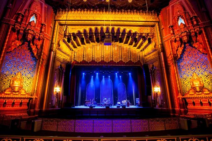 FoxOaklandTheatre_Bühne02 (c) Fox Oakland Theatre