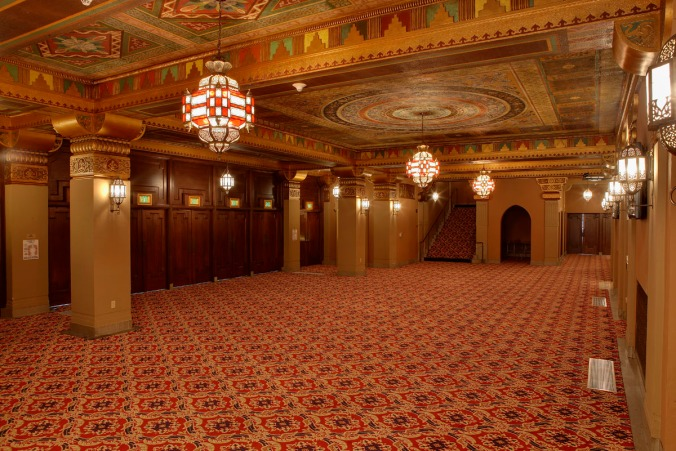FoxOaklandTheatre_Lobby01 (c) Fox Oakland Theatre_Randall Michelson