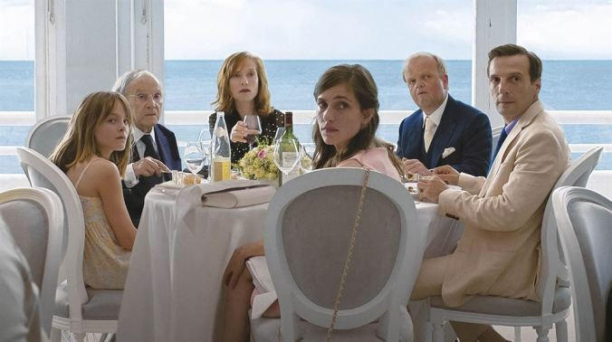 Happy End_Fantine Harduin, Jean-Louis Trintignant, Isabelle Huppert, Laura Verlinden, Toby Jones, Mathieu Kassovitz (c) Les Films du Losagne